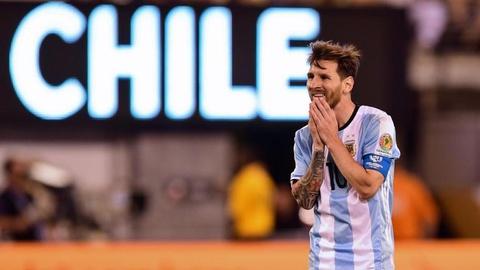 Messi oa khoc, tuyen Argentina cui dau hinh anh 4