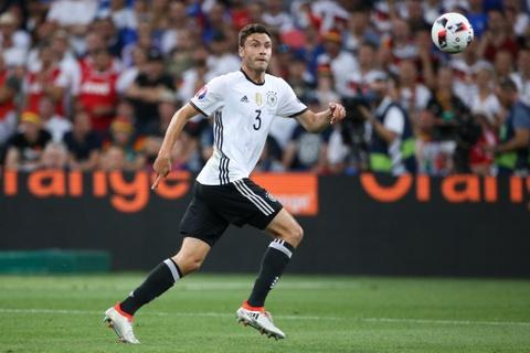 Top 10 ngoi sao tang gia chong mat sau Euro 2016 hinh anh 4