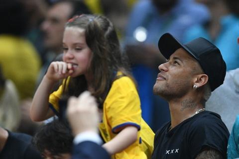 Neymar co vu tuyen bong chuyen nam Brazil gianh HCV hinh anh 1