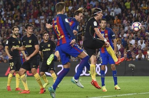 Messi chan thuong, Barca de Atletico cam hoa tai Nou Camp hinh anh 3