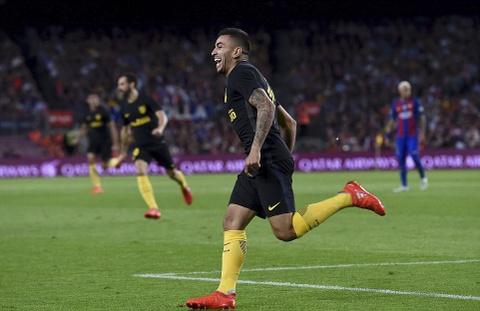 Messi chan thuong, Barca de Atletico cam hoa tai Nou Camp hinh anh 9