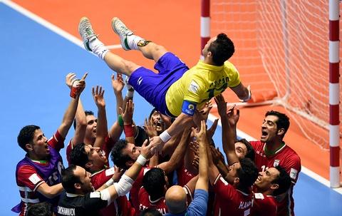 Tuyen Iran tri an 'Vua futsal' Falcao sau tran thang lich su hinh anh 3