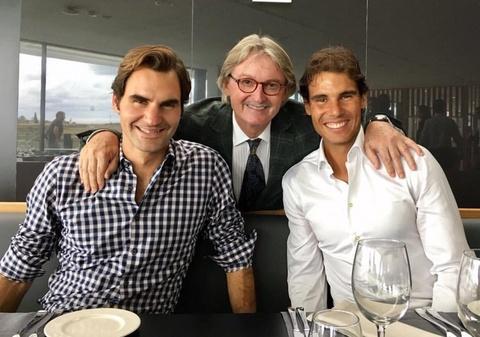 Federer nhan mon qua dac biet tu Nadal hinh anh 9