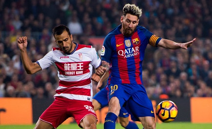 Highlights Barcelona 1-0 Granada hinh anh