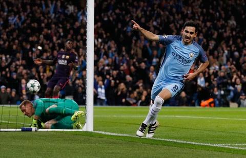 Messi mo ty so, Barca van thua nguoc 1-3 Man City hinh anh 7