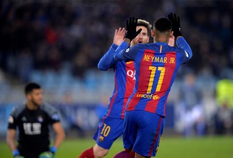 Messi ghi ban, Barca van tut lai o cuoc dua voi Real hinh anh 6
