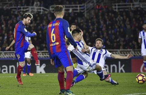 Messi ghi ban, Barca van tut lai o cuoc dua voi Real hinh anh 5