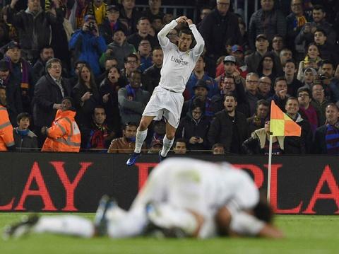 Nhung khoanh khac giup Ronaldo gianh Qua bong vang hinh anh 3