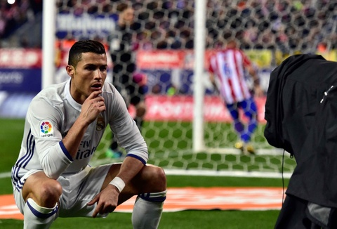 Nhung khoanh khac giup Ronaldo gianh Qua bong vang hinh anh 13