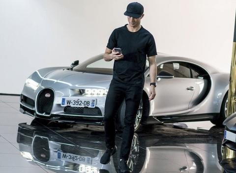 Ronaldo lai thu sieu xe Bugatti Chiron hinh anh