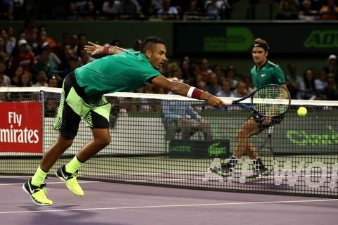Vo Federer la o 'ga trai hu' Kyrgios hinh anh 1