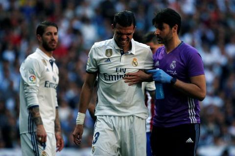 Ronaldo tiec nuoi vi ban thang bi can pha tren vach voi hinh anh 10