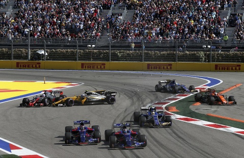 Vettel tuot danh hieu Russian GP vao tay cai ten bat ngo hinh anh 6