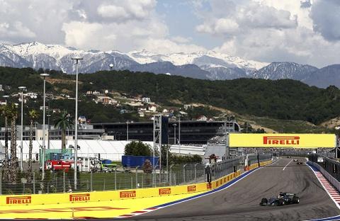 Vettel tuot danh hieu Russian GP vao tay cai ten bat ngo hinh anh 4