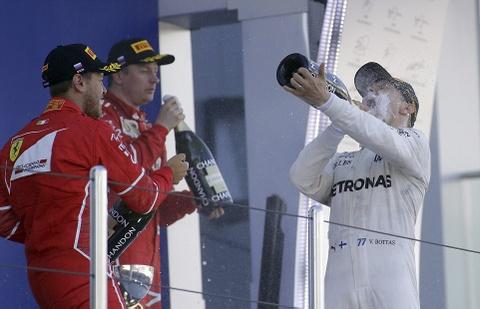 Vettel tuot danh hieu Russian GP vao tay cai ten bat ngo hinh anh 9