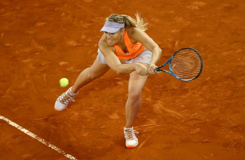 Sharapova that bai trong cuoc chien voi Bouchard hinh anh 2