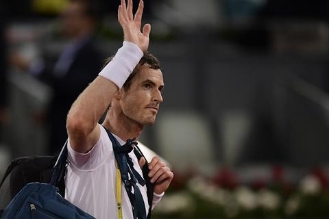 Murray chia tay Madrid Open boi tay vot thua vong loai hinh anh