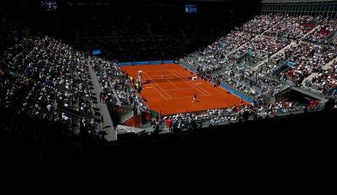 Ro beo va ban gai co vu Nadal vo dich Madrid Open hinh anh 1
