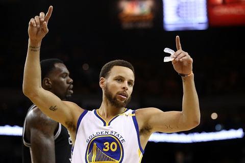 Video Warriors de bep Spurs o game 2 chung ket mien Tay hinh anh