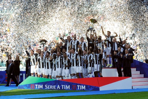 Juventus lap ky luc vo dich Serie A hinh anh 6
