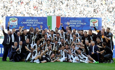 Juventus lap ky luc vo dich Serie A hinh anh 7
