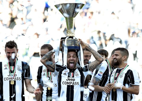 Juventus lap ky luc vo dich Serie A hinh anh 8