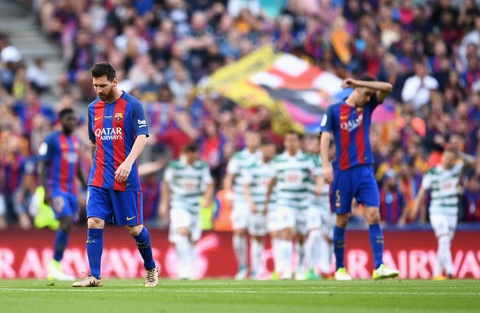 Messi buon rau trong ngay Real doat ngoi vuong La Liga hinh anh 4