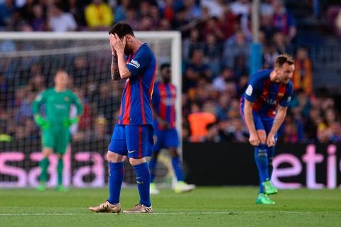 Messi buon rau trong ngay Real doat ngoi vuong La Liga hinh anh 5