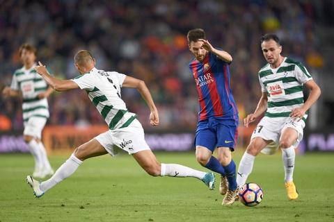 Messi buon rau trong ngay Real doat ngoi vuong La Liga hinh anh 9