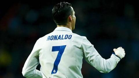 Chuyen nhuong 9/7: Ronaldo o lai Real Madrid hinh anh