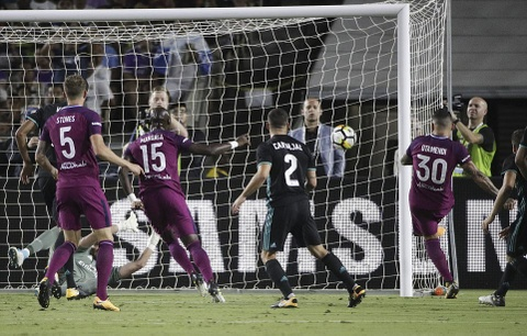 Bale 'mat hut' khi Real tham bai 1-4 truoc Man City hinh anh 9