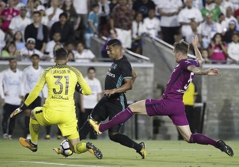 Bale 'mat hut' khi Real tham bai 1-4 truoc Man City hinh anh 11