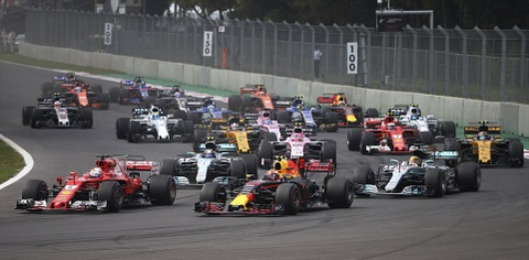 Pha va cham sau vach xuat phat giua Vettel va Hamilton hinh anh