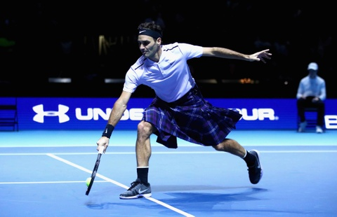 Man trinh dien khi mac vay cua Federer truoc Murray hinh anh