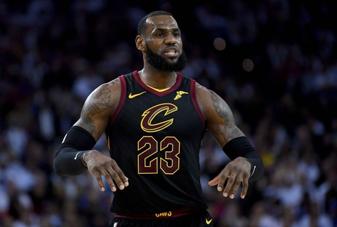 King James mo nhat, Cavaliers that bai truoc Warriors vang Curry hinh anh 7