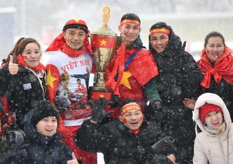 CDV doi mua tuyet tiep lua cho U23 Viet Nam tai Trung Quoc hinh anh