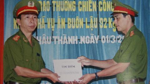 Truy to mot dieu tra vien trong chuyen an Nam Cam hinh anh