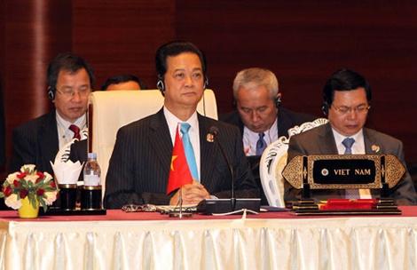 Nguoi dan ung ho phat bieu cua Thu tuong tai Hoi nghi ASEAN hinh anh