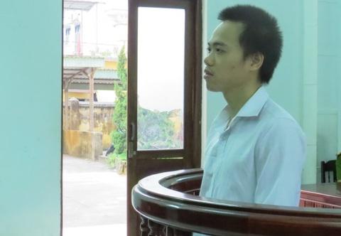 Dung vat nhon dam vung kin phu nu: Tu 18 thang hinh anh