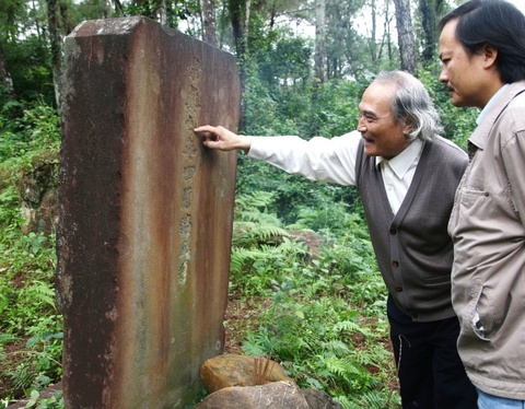 Bi an lang mo vua Quang Trung: Cuoc kiem tim 30 nam hinh anh