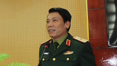 Tuong Le Xuan Duy, phu trach Tu lenh Quan khu 2 tu tran hinh anh