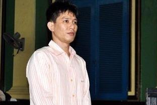 De nghi truy to ke tham gia bat coc doi 300.000 USD hinh anh