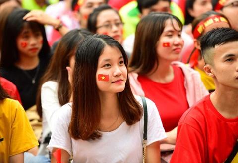 Fan hat 'Duong den ngay vinh quang' co vu tuyen Viet Nam hinh anh