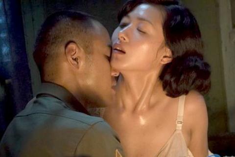Nguyen Kinh Thien thu nhan ve 'lan dau' nam 18 tuoi hinh anh