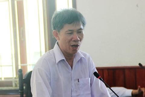 Truong phong thanh tra thue Binh Dinh nhan hoi lo 130 trieu hinh anh