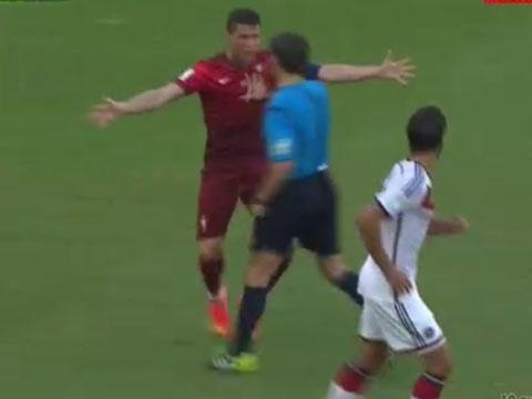Ronaldo noi khung voi trong tai vi khong thoi 11 m hinh anh