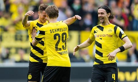 Chien thang 2-0 cua Dortmund truoc Hertha Berlin hinh anh