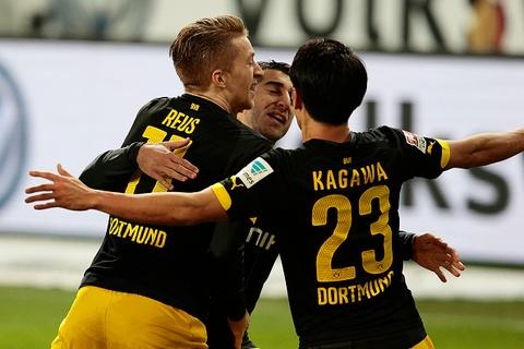 Marco Reus lap cong giup Dortmund ap sat Bayern hinh anh