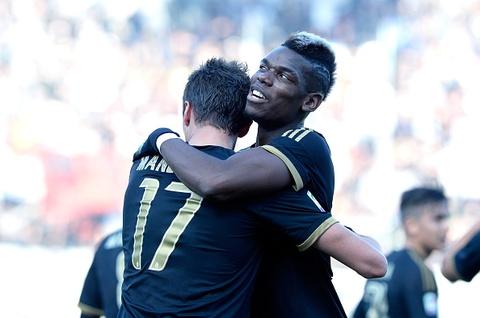 Pogba lap cong giup Juventus thang Carpi 3-2 hinh anh