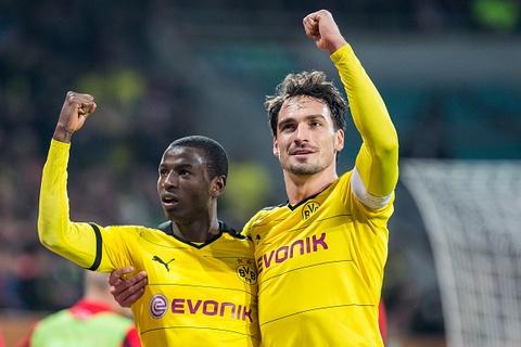 Highlights Augsburg 1-3 Dortmund hinh anh